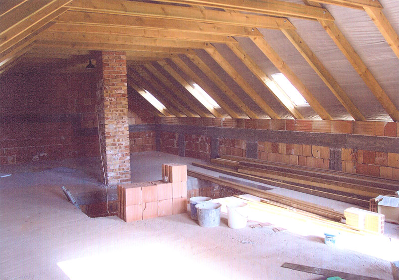 Tetőtér beépítés, festés, mázolás, hőszigetelés, burkolás ...